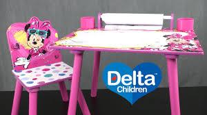 minnie mouse art desk from delta children s s