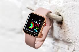 apple 3 watch. from the outside, you wouldn\u0027t really know this is a new apple watch. it looks just like series 2 model, and 1 before that. 3 watch