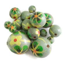 flowers wooden beads dalia grey green babachic by moodywood
