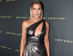 Khloe kardashian took to instagram to show off her new manicure—but all eyes were on the giant diamond sparkler on her hand. Khloe Kardashian S Trick To Drinking More Water Is So Smart Newbeauty