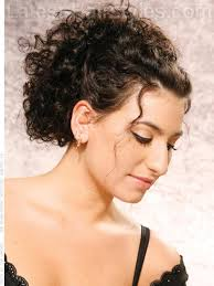 naturally curly up style