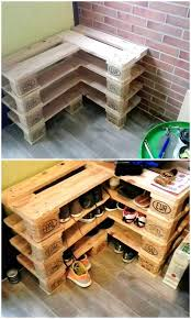 Check out how to build this very easy DIY shoe rack from pallet wood  @istandarddesign