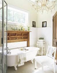 small bathroom chandelier crystal ideas: image of classic crystal chandelier small bathroom ideas white bath tub