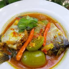Salah satu menu masakan olahan ikan kesukaan kukarna rasa asam dari belimbing wuluh tu enakk bingitzz hahaa d. 7 Resep Masakan Ikan Patin Yang Menggugah Selera Makan