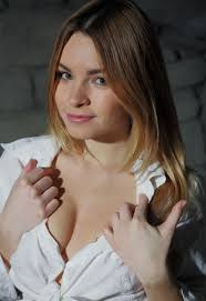 Shaved Gorgeous Blonde Babe Malinda A with Beautiful Pussy Image.