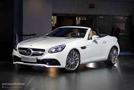 Consumo de combustible, ciclo mixto: Mercedes Amg Sports Car To Rival Porsche Cayman Will Have Roadster Version Autoevolution
