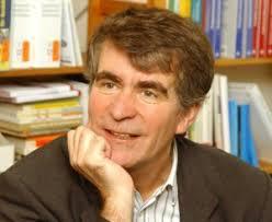 Dr. <b>Peter Dehnbostel</b> ist seit Juni Professor für Betriebliches <b>...</b> - Dehnbostel_500pxx411-300x246