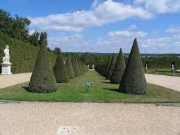 Версальский парк одноимённого дворца не менее знаменит