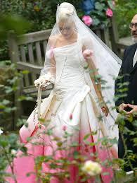 Rituel magique d'amour du maître marabout kokouvi vaudou du Bénin pour un Bon mariage parfait et heureux. dans Rituel magique d'amour du maître marabout kokouvi vaudou du Bénin pour un Bon mariage parfait et heureux.
