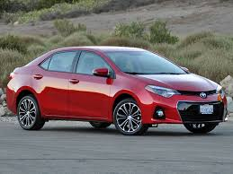 2016 Corolla S - Only the S model has the thin strip of chrome ...