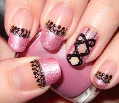 Black and pink nail art - how you can do it at home. Pictures ...