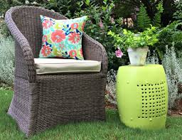 outdoor garden stool. Thrifty Makeover - Outdoor Garden Stool With DecoArt Americana Decor Living Paint