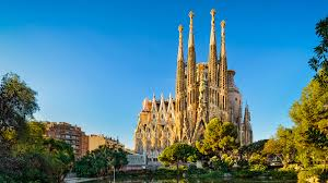 This beautiful, unfinished church was designed by catalan architect antoni gaudí. La Sagrada Familia Acoustiguide Audio Tours Guides And Experiences