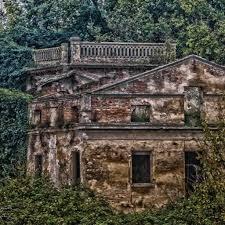 Villa Bocaccini e La Casa dalle finestre che ridono