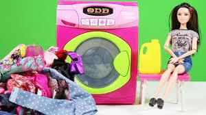 Barbie Oyuncak Çamaşır Makinesi ile çamaşırlar tertemiz | Barbie Türkçe  izle