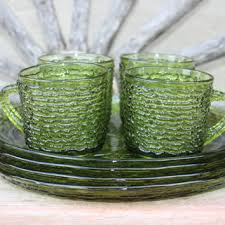 vintage luncheon plates soreno avocado green snack plates and cups vintage anchor hocking