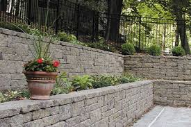 segmental retaining walls long