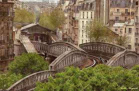 Bruit parisien Images?q=tbn:ANd9GcSQDtw5wKrikq45PMtSQTq0Jwcj6O2b8FqoQEXYzwkjqT7juAYd