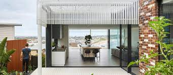 how to choose the right outdoor blinds