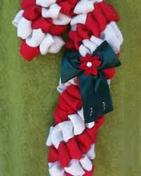 Burlap Candy Cane Accented With Just A Touch Of Red Burlap Red Candy Cane Wreath Christmas Craft
