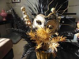 Masquerade Ball Decorations Centerpieces The Images Collection of Venetian masks used as italian venetian 28