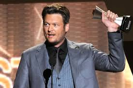 I Itunes Charts The Voice Blake Shelton Pumped Up As The Voice Team Climbs The