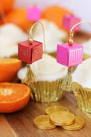 Diy Paper Lanterns Diy Chinese Paper Lantern Cupcake Toppers Orange Cream Cupcakes