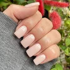 dip powder manicure vs gel manicure