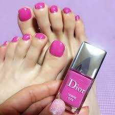 ディオール春限定ピンクネイル2色を塗り比べ Aiaiblog 一期一会