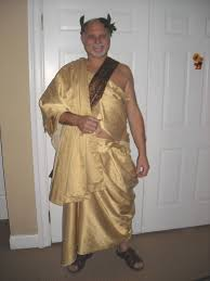 picture of my original properly wrapped roman styled toga