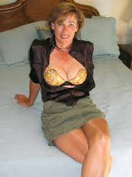 Nude Mature Pics Daily Free Porn Moms Galleries