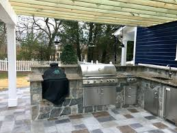 best outdoor kitchens full size of kitchens best outdoor kitchen designs installation landscape management about big green outdoor kitchen pictures with big