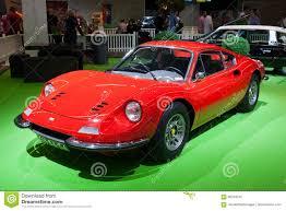 Coupé Sportauto 1972 Ferraris Dino 246 Gt Redaktionelles Bild Bild Von Auslegung Ausstellungsraum 96164245