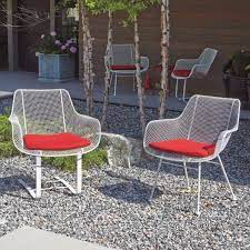 51 modern outdoor chairs to elevate