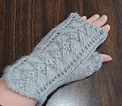 Free Fingerless Gloves Knitting Pattern Fascinating Knitting Patterns Galore Pyramid Lace Fingerless Gloves