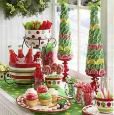 candy tabletop topiary Christmas centerpieces 9