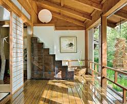 traditional japanese house decorations with stunning forest Traditional Japanese  House Design with Stunning Forest