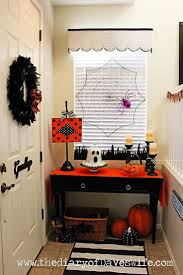 Halloween Decor {The Entry Way} | The Diary of DavesWife