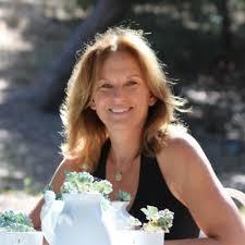 Alyson Dutch - Profile and Biography - CEOWORLD magazine