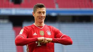 Sinh ngày 21 tháng 8 năm 1988) là một cầu thủ bóng đá chuyên nghiệp người ba lan hiện đang chơi ở vị trí tiền đạo cắm cho câu lạc bộ bayern münchen của bundesliga và là đội trưởng của đội tuyển bóng. Fc Bayern Robert Lewandowski Greift Nach 40 Tore Rekord Von Gerd Muller Er Wurde Es Wollen Eurosport
