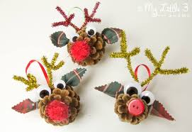 How To Make Natural Christmas Ornaments U0026 Decorations At Christmas Crafts Made With Pine Cones