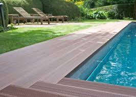 ... Casual Round Pool Deck Plans For Your Garden Exterior : Cheerful Green  Grass Garden With Brown ...