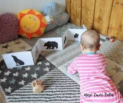 black and white pictures for babies printable diy black and white folding books for babies with free printable