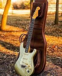1991 fender american stratocaster plus deluxe ultra 3 tone bold and beautiful
