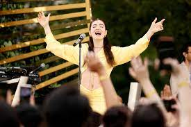 Lorde's new album 'Solar Power' is ...