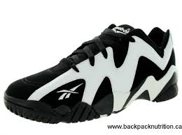reebok shoes black and white. reebok shoes size 5.5,6.5,7,8,8.5,9.5,10 black and white s