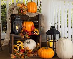 fall front door decorationsSurprising Fall Decorating Ideas For Your Porch 51 For Your Home
