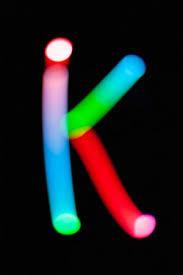 Lettre Lettres Lumineuses Sur Fond Sombre Peinture Abstraite Nuit Créatif —  Photographie inkytape © #212144262