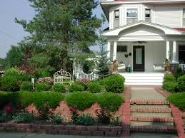 Landscaping Design Ideas For Front Of House Front Yard Landscaping Bench Front Lawn Design Ideas