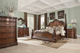 Ledelle Poster Bedroom Set with Tall Headboard Posts in Brown